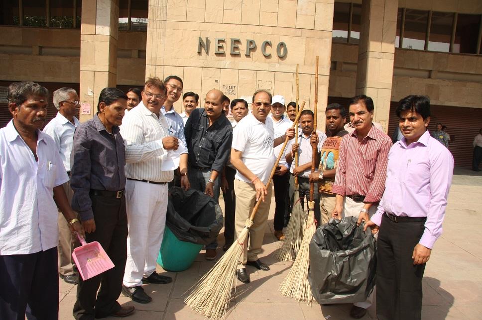 स्वच्छ भारत अभियान नीपको नई दिल्ली कार्यालय परिसर में मनाया जा रहा है।