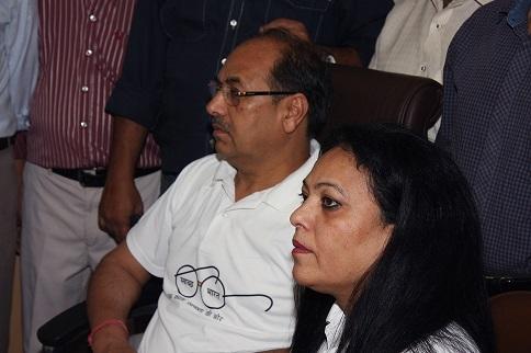 श्री पी.सी.पंकज सीएमडी और श्रीमती पंकज ने स्वच्छ भारत अभियान के लिए अपनी प्रतिबद्धता और नई दिल्ली कार्यालय में उनकी सक्रिय भागीदारी और नेतृत्व द्वारा पुष्टि की।