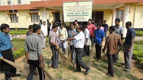 स्वच्छ भारत अभियान नीपको, टीजीबीपी में मनाया जा रहा है।